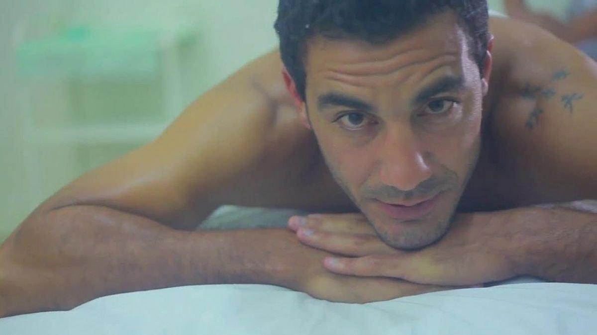 Técnicas de masaje anal a un hombre