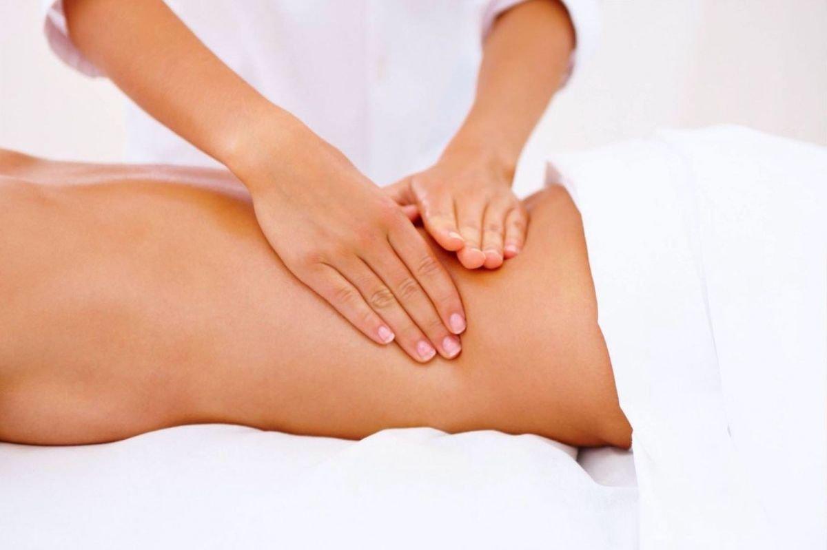 xx1 Comienzo del masaje anal lésbico